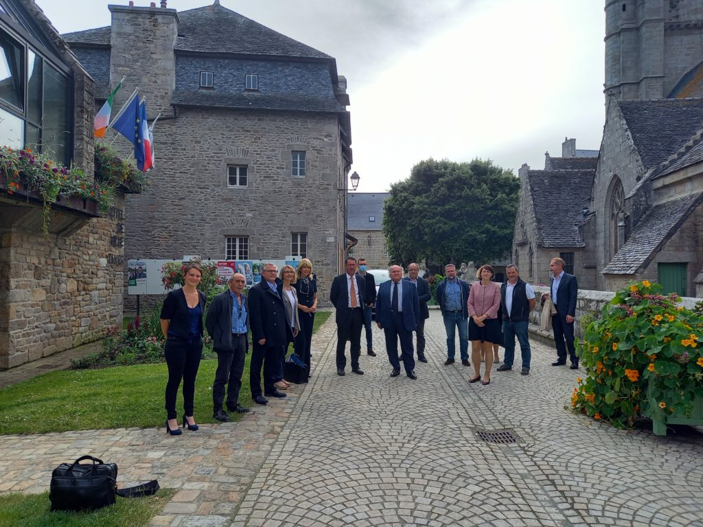 Breizhmer rencontre l'ambassadrice d'Irlande en France à Roscoff
